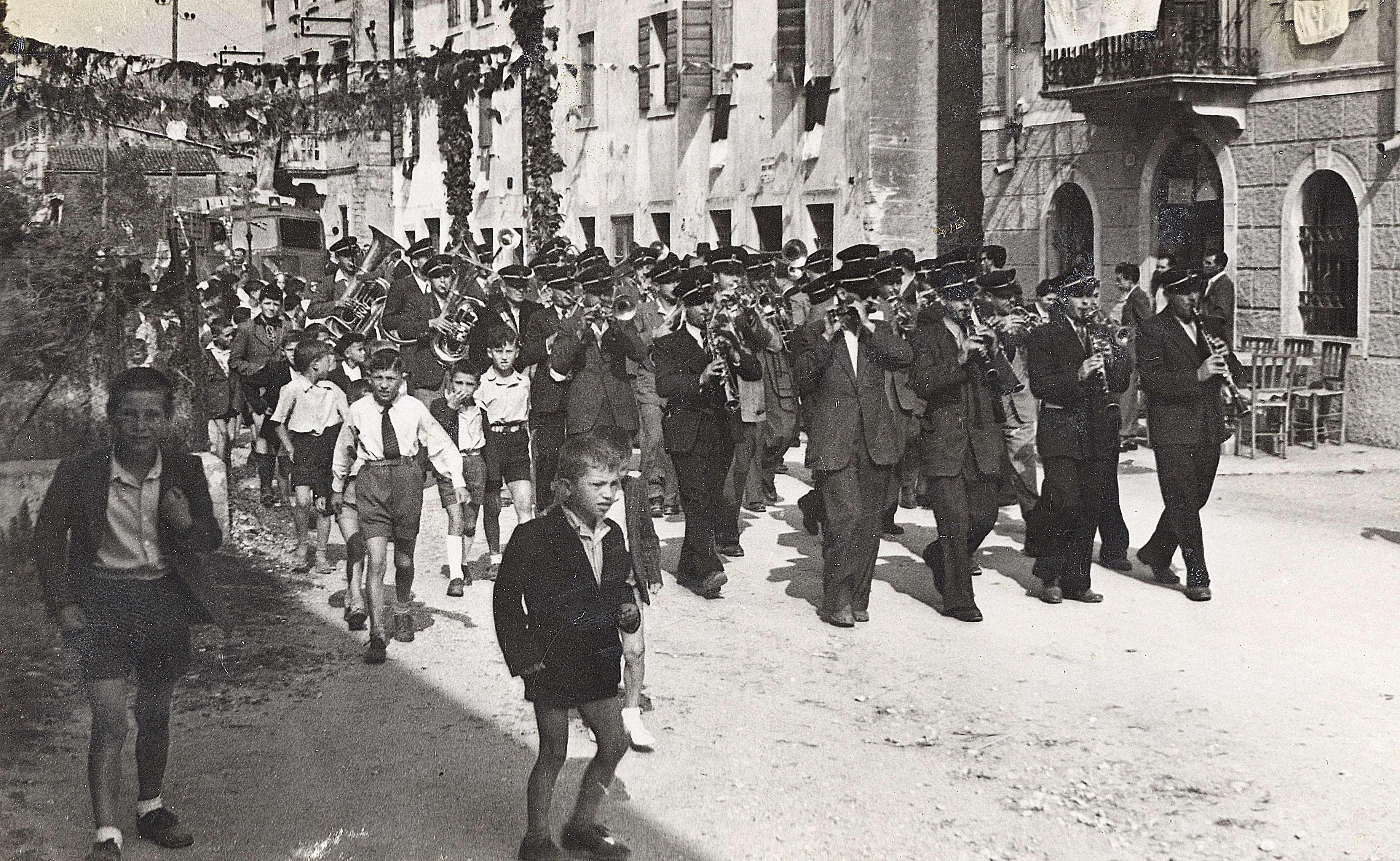 L'ingresso di don Boscaini a Lugagnano nel 1948