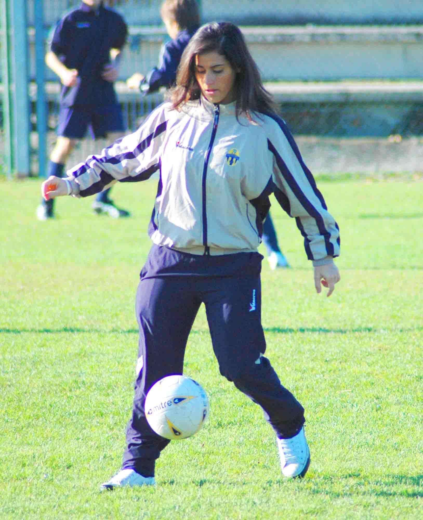 Nelle foto Giorgia Andreoli con la divisa dell'AC Lugagnano