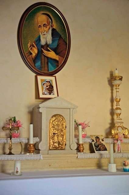 San Leopoldo chiesetta di villa eire sona