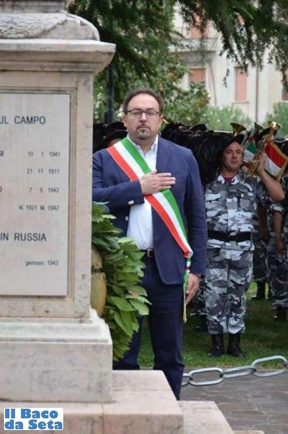 raduno-regionale-bersaglieri-lugagnano-27-settembre-2015-1-sindaco-gianluigi-mazzi-2